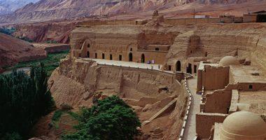 bezaklik buddha caves